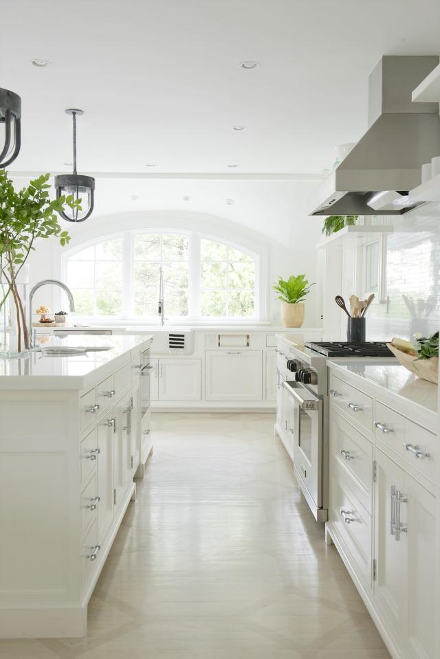 Pimlico white kitchen