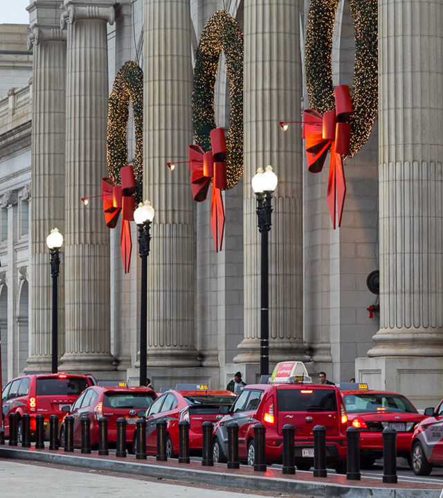 Christmas In The Capitol: Dan Chung Photography