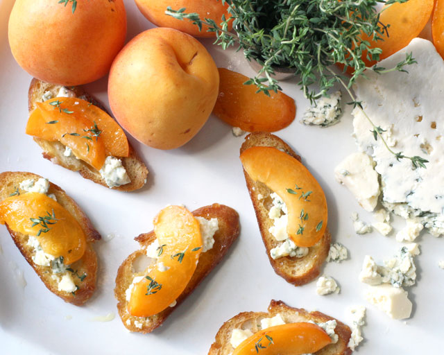 What We're Making: Apricot and Blue Cheese Tartine