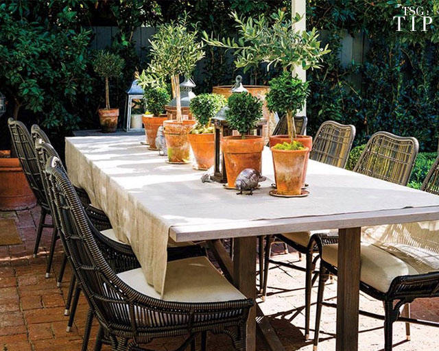 Outdoor Entertaining Tip